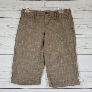 AMERICAN EAGLE cuffed glen plaid bermuda shorts 4